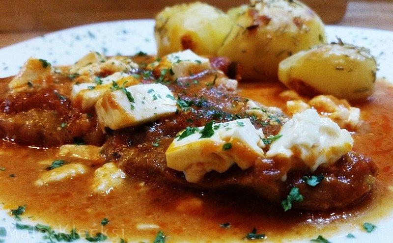 Schnitzel mit Tomaten-Bärlauch-Soße