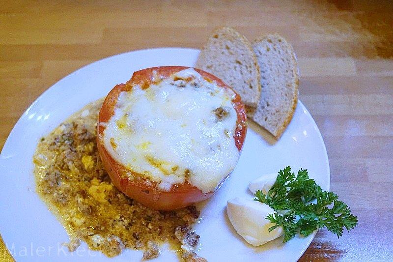 Gefüllte Tomaten mit Brot